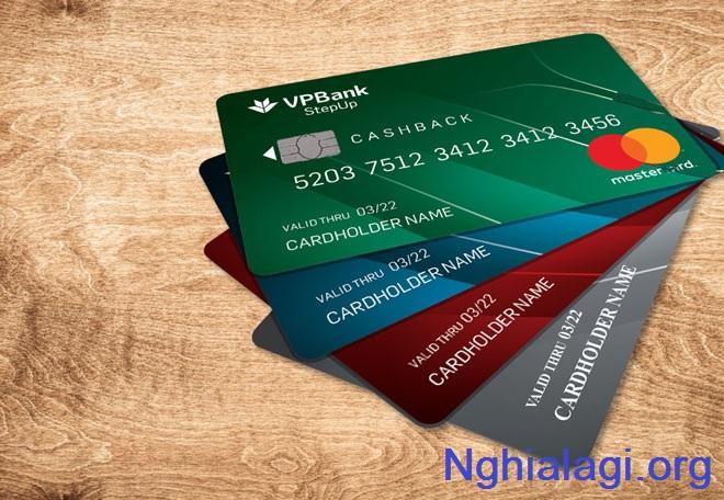 Thẻ tín dụng là gì? Thẻ tín dụng dùng để làm gì?